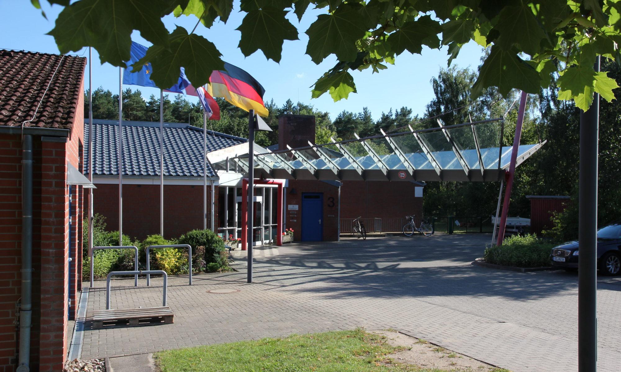 Schule Steinfeld